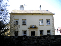 GRADE II HOLLY BANK HOUSE