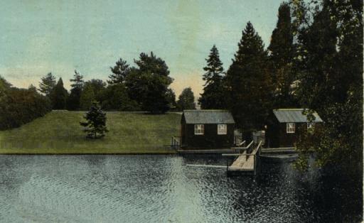 Crewe Park Lake